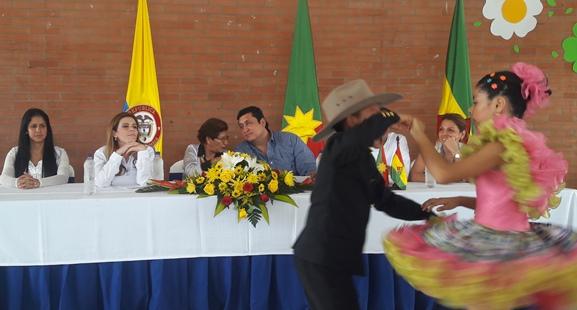 Photo of Viceministra de las Tics inauguró punto Vive Digital en Yopal y lanzó proyecto conexiones digitales en Pore Casanare