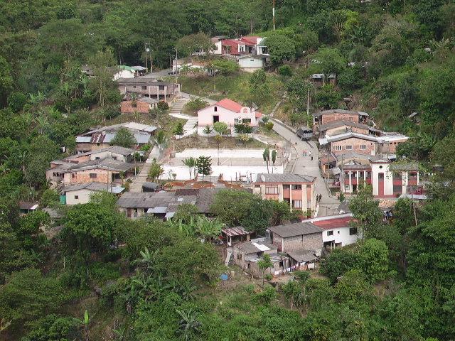 Photo of Presuntos guerilleros del ELN hostigaron al municipio de La Salina Casanare