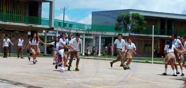 Photo of Alcaldía de Yopal vincula a estudiantes del Megacolegio Los Progresos en proyectos juveniles