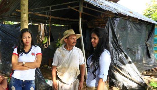 Photo of Ayudas humanitarias a afectados del invierno en Aguazul entregaron Gestoras Sociales Departamantal y Municipal