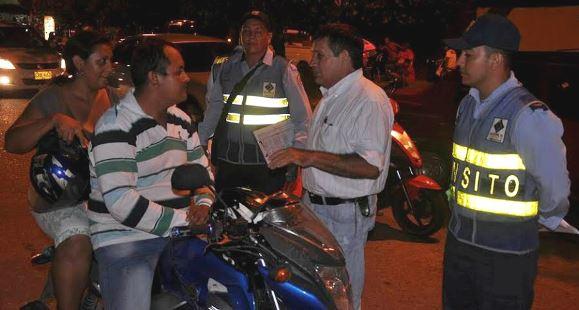 Photo of Sanciones se aplicarán a quien no porte chaleco reflectivo en el horario nocturno en Yopal advirtió Secretaría de Tránsito