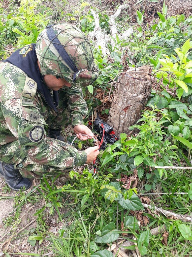 Photo of Ejército Nacional logra destruir depósito ilegal con artefactos explosivos improvisados en Arauca