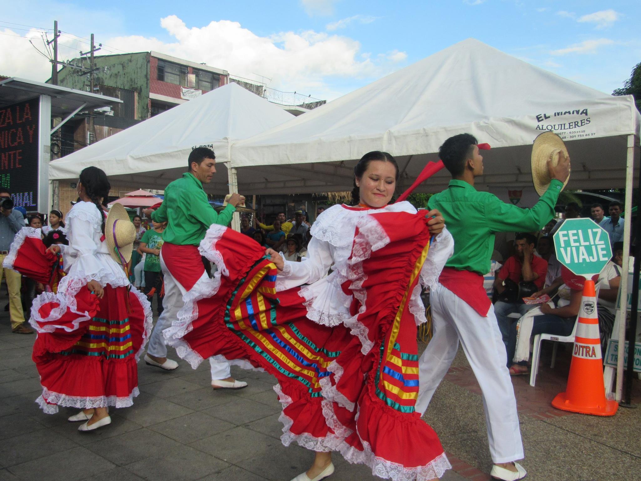 Photo of Dirección de Cultura Municipal se vinculó a celebración del Día de la Madre en Yopal