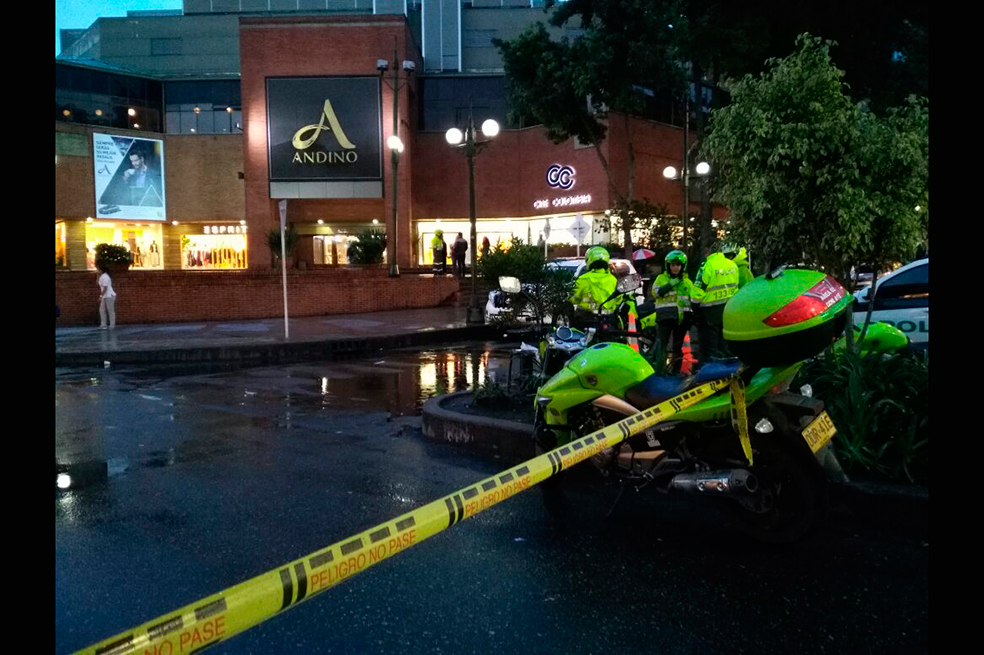 Photo of Explosión en CC. Andino: segundo atentado del año en Bogotá con víctimas fatales