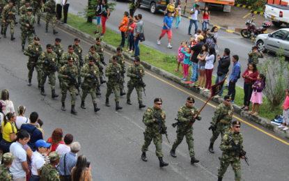 Fuerzas militares, voluntarios y estudiantes, hicieron presencia en la conmemoración de los 207 años del grito de independencia en Yopal