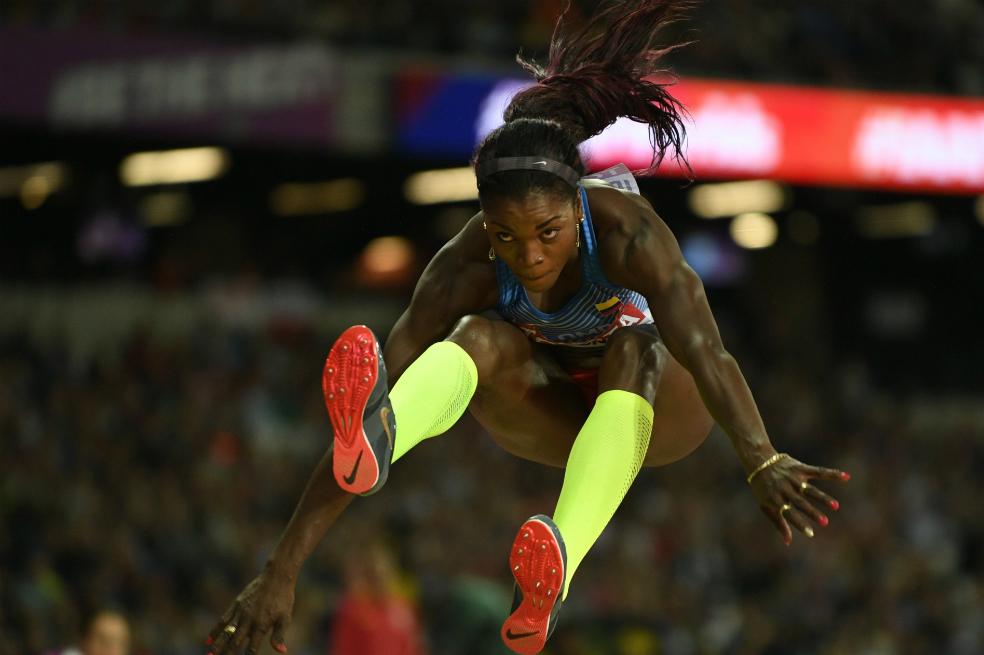Photo of Caterine Ibargüen se llevó la medalla de plata en el Mundial de atletismo