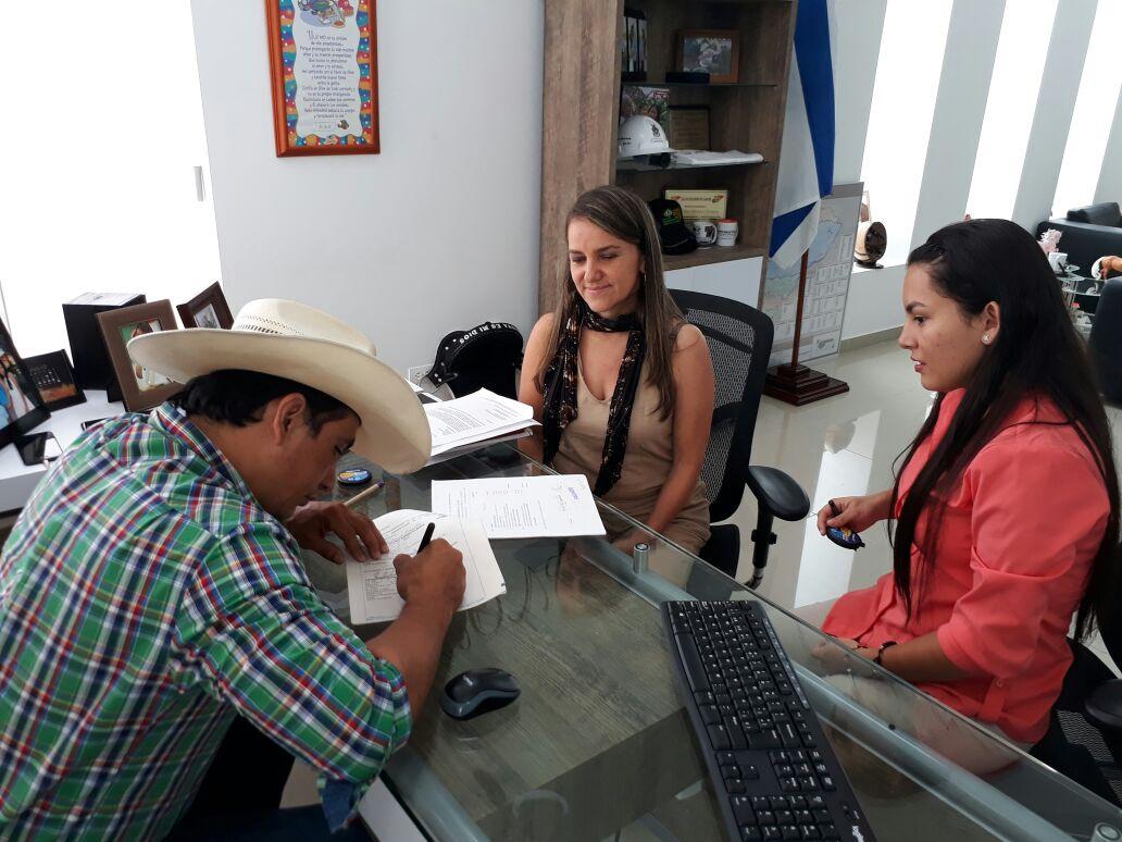 Photo of Administración Departamental adquiere Colegio de La Presentación en San Luis de Palenque