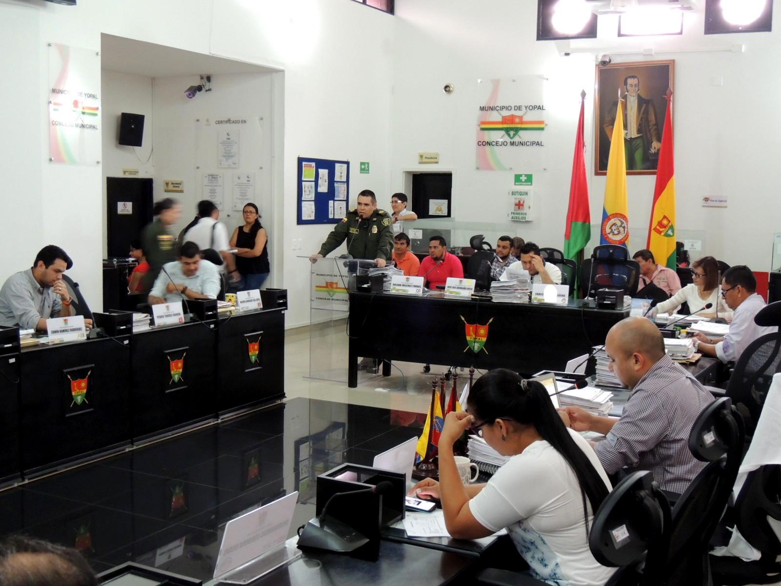 Photo of Policía Nacional entrega informe de las acciones realizadas en temas de seguridad al concejo de Yopal