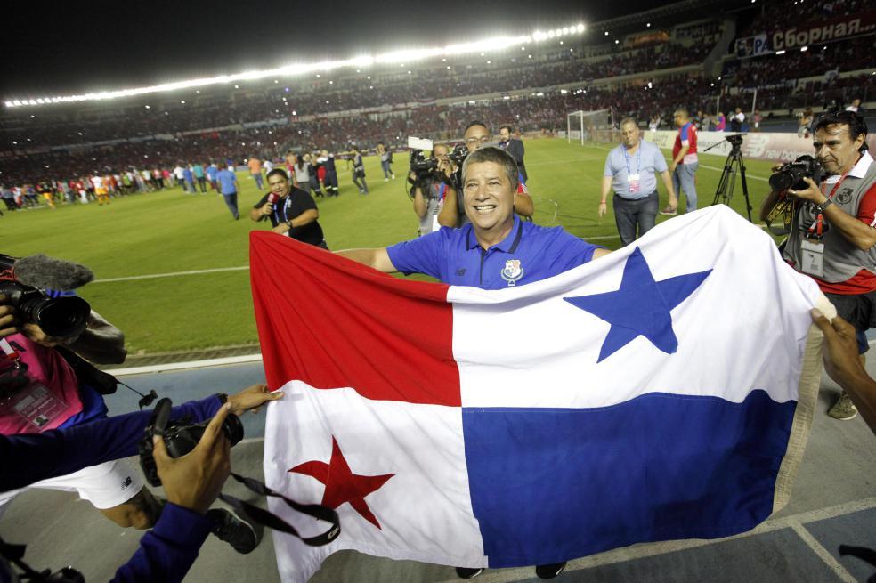 Photo of Panamá se rinde ante Hernán Darío 'El Bolillo' Gómez