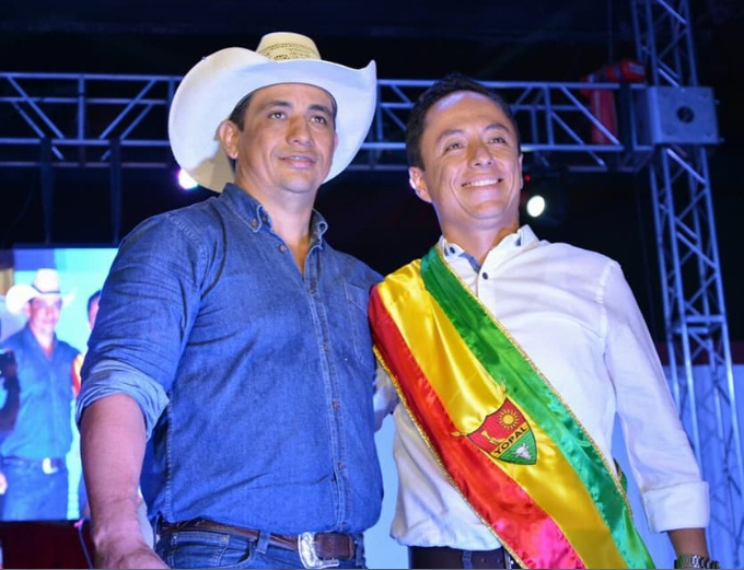 Photo of Gobernador Alirio Barrera estuvo en la posesión del Alcalde de Yopal René Leonardo Puentes Vargas