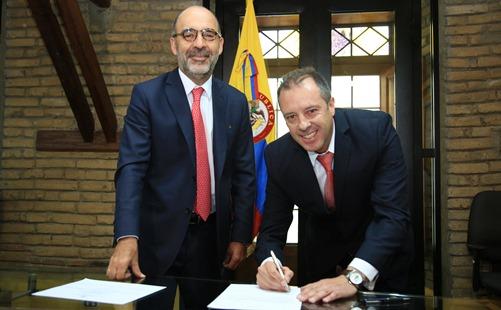 Photo of Asumió nuevo viceministro de Vivienda Milton Mauricio Rosero Insuasty