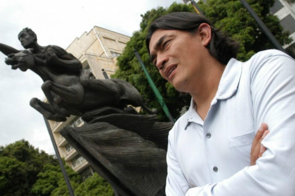 Photo of Gustavo Bolívar, el guionista que se ganó una curul en el Senado