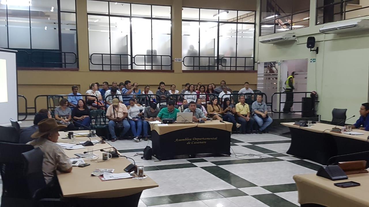 Photo of Empleados del Hospital Regional de la Orinoquía fueron escuchados por los Diputados, quienes rechazaron la situación laboral en la que se encuentran