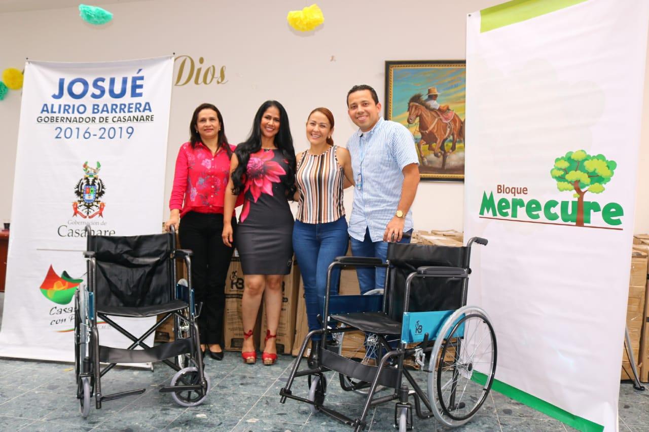 Photo of 34 sillas de ruedas fueron entregas por la empresa Cepsa, gracias a la gestión realizada por la Gestorasocial,Marisela Duarte