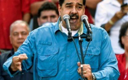 Maduro denuncia que EU ordenó a Colombia su asesinato
