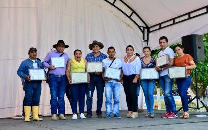 Gobernación de Casanare hizo entrega de reconocimiento a lideres sociales del corregimiento El Morro