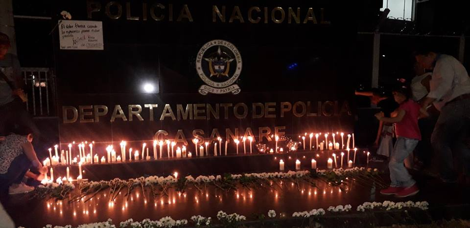 Photo of En Yopal, se realizó vigilia y marcha en solidaridad con la Policía Nacional
