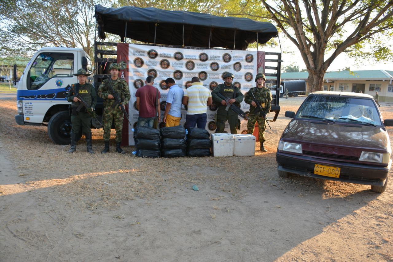 Photo of 200 hombres del Ejército y Policía Nacional realizaron patrullajes en Centro Poblado de Puerto Jordán, Arauca