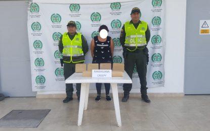 """En Villanueva, cayó Venezolana que llevaba 6 kilos de """"cripy"""""""