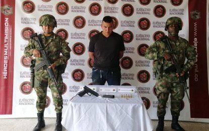 Ejército Nacional captura a dos integrantes del GAO- Eln en Tame, Arauca