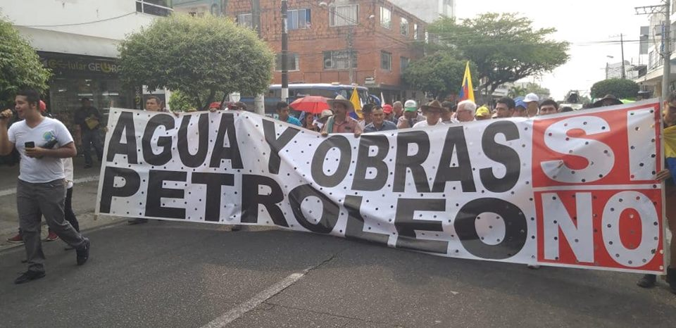Photo of Marcha por el agua en las principales vías de Yopal