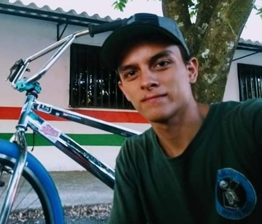 Photo of En Aguazul, Ciclista pierde la vida en accidente de tránsito