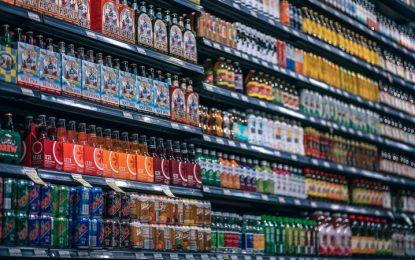 Consumir bebidas azucaradas aumenta riesgo de muerte prematura