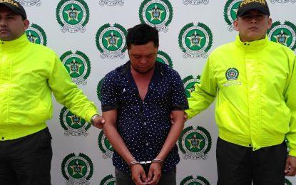 Sujeto aprovechaba que tenía custodia de una menor de edad y le realizaba prácticas sexuales, en Yopal