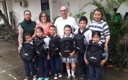 Alcaldía de Yopal, hizo entrega de kits escolares a niños de escuelas rurales, donados por Ecopetrol