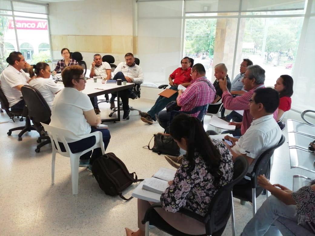 Photo of Directivos docentes y delegados de los municipios participaron en Mesa Técnica con Enerca