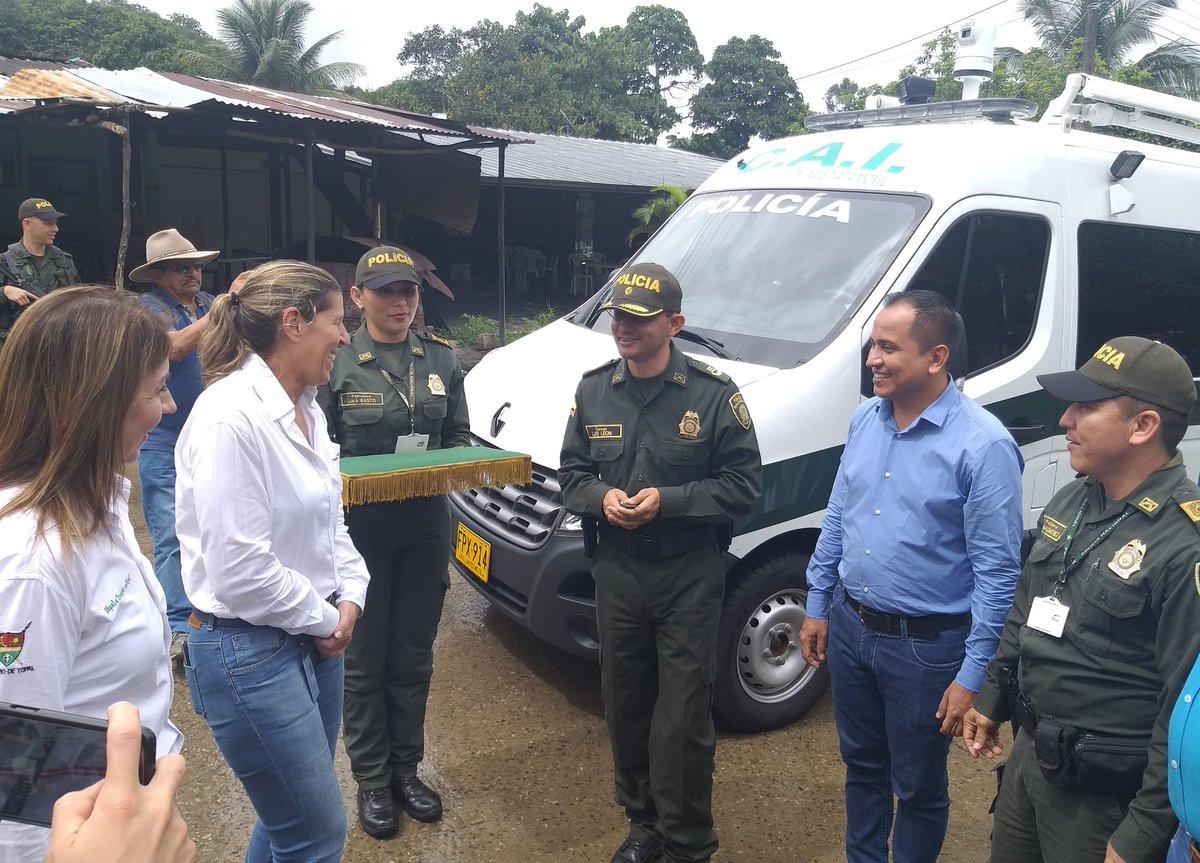 Photo of En el Morro, Policía Nacional recibió un CAI móvil
