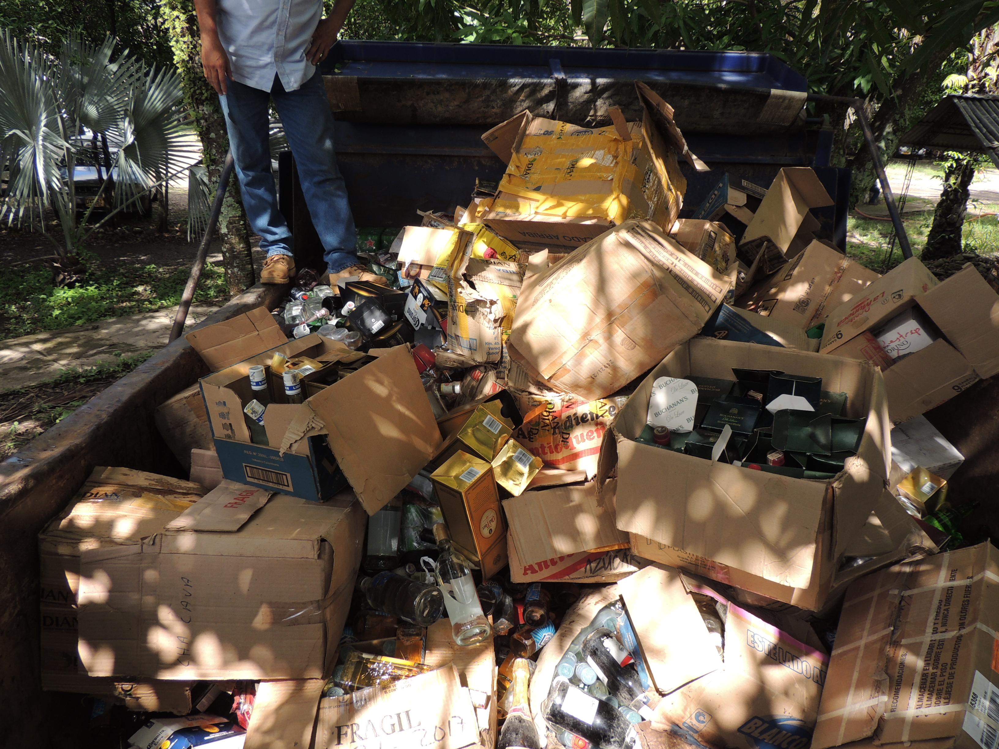 Photo of Destruyeron licores y cigarrillos avaluados en más de 50 millones de pesos