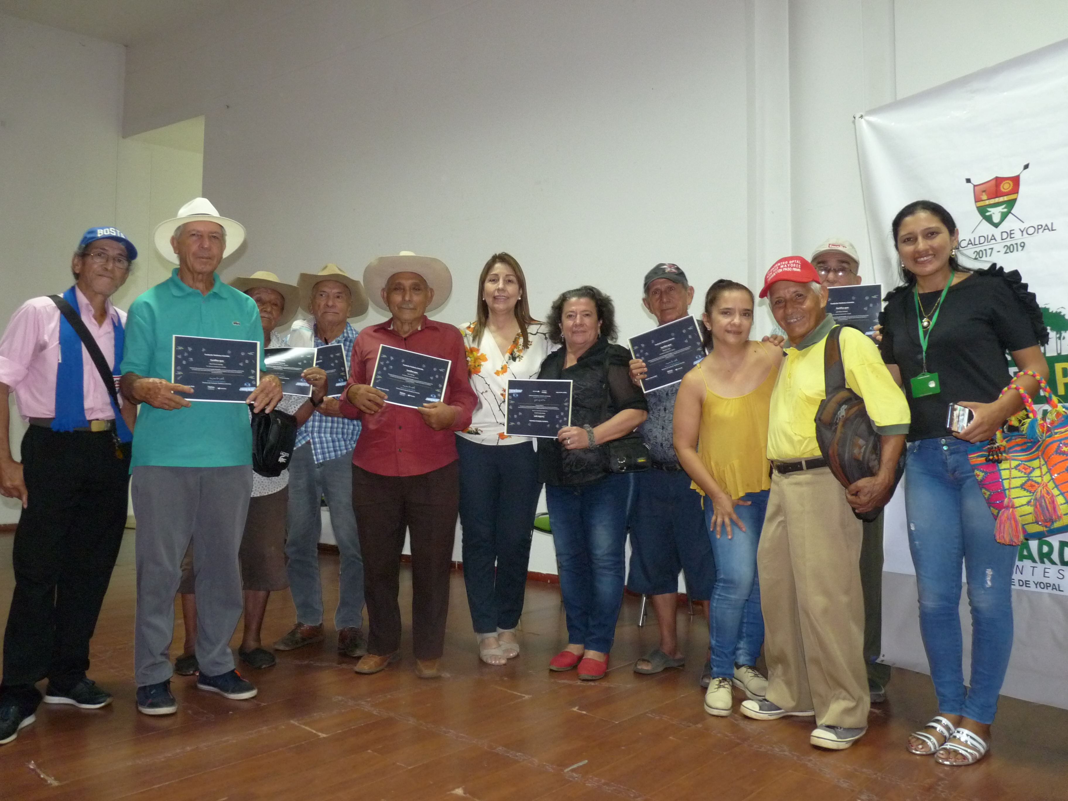 Photo of 133 personas se graduaron de la 'Escuela TIC Familia' en Yopal