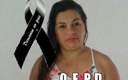 En la vía, Monterrey – Villanueva, falleció mujer al colisionar su motocicleta contra un tractocamión