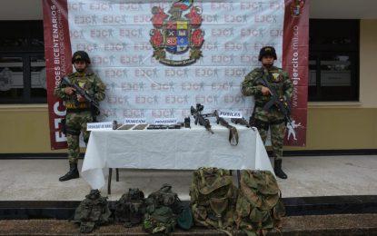 Ejército Nacional halló 500 cartuchos y fusiles de alta precisión del Grupo Armado Organizado Residual Estructura Décima en Arauca