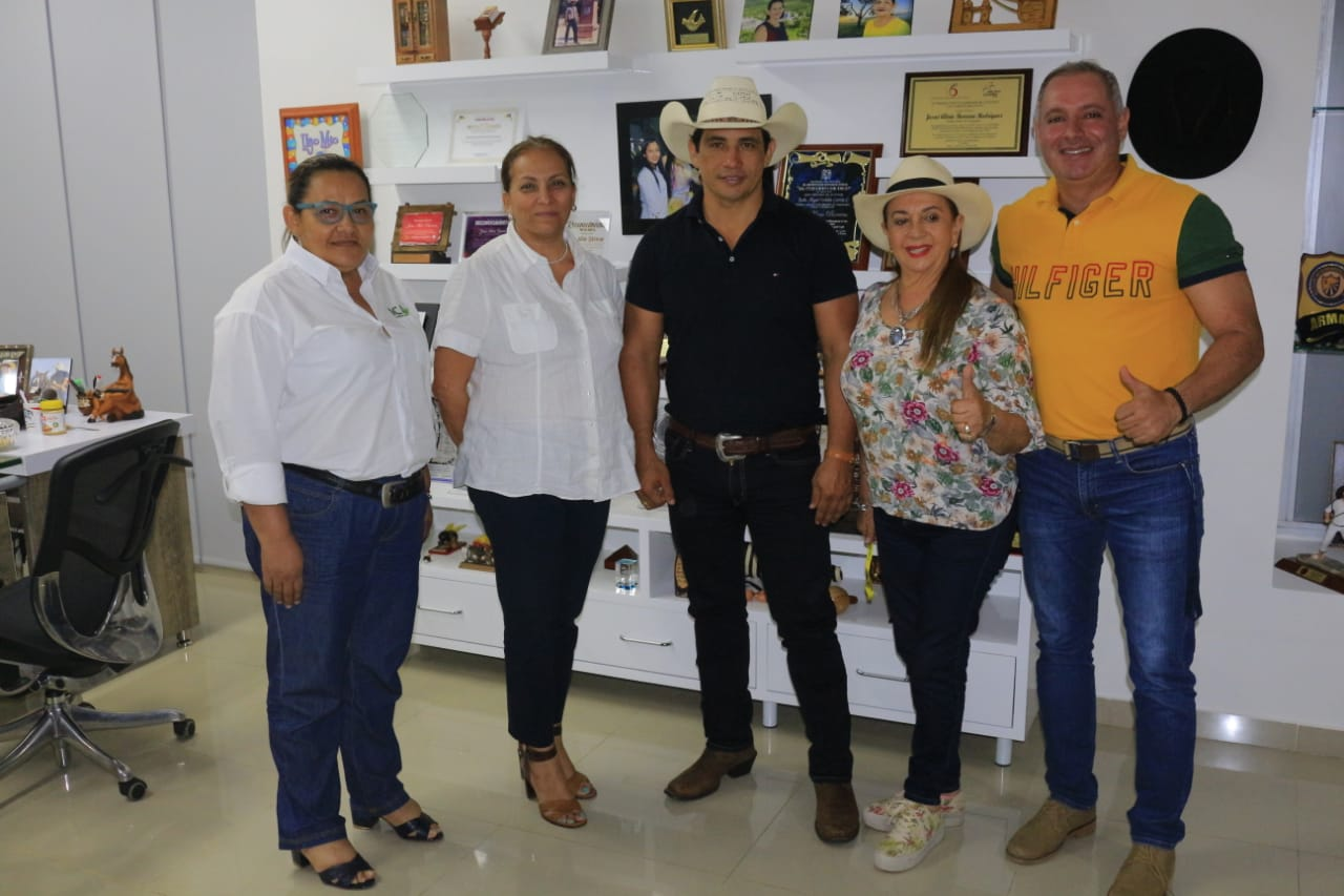 Photo of gerente general del ICA Deyanira Barrero León estuvo en Casanare