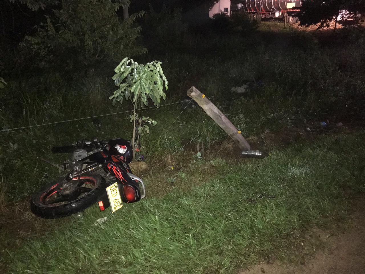 Photo of En la vía Aguazul – Tauramena, Motociclista murió al chocar con un poste