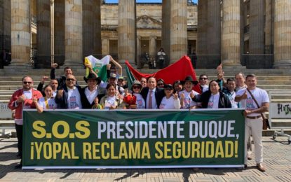 Comunales de Yopal realizaron plantón en Bogotá