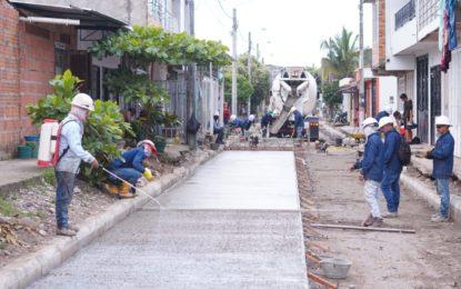 En Yopal, continúan arreglando las calles