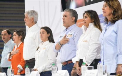 Colombia no come cuento con una constituyente: Duque