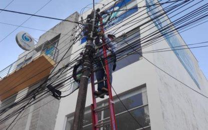 Mantenimiento a luminarias del alumbrado público en Yopal