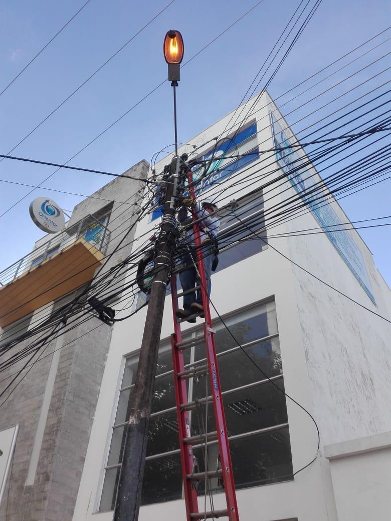 Photo of Mantenimiento a luminarias del alumbrado público en Yopal