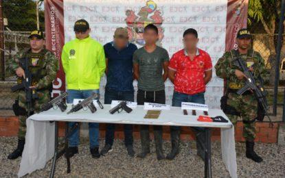 Ejército Nacional capturó a tres integrantes del Eln y desvincula a un menor de edad en Arauca