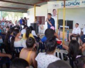 Cuatro veredas de Tauramena establecieron compromisos con  Salomón Sanabria