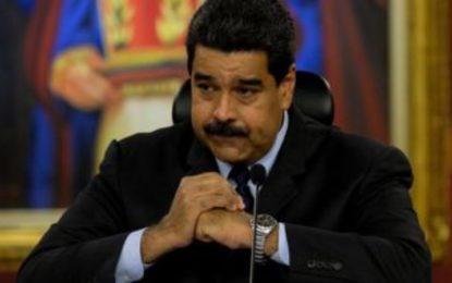Maduro mantendrá despliegue militar en frontera con Colombia