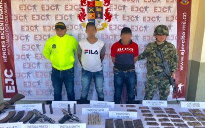 En Arauca, Ejército Nacional capturó a dos integrantes del Eln y recuperó a una menor de edad