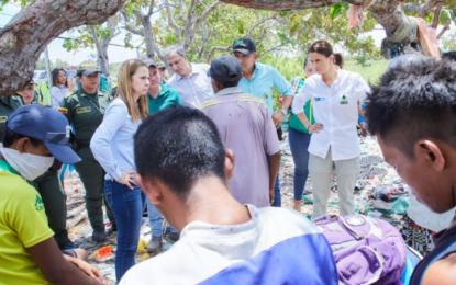 Los compromisos del Gobierno con niños de Puerto Carreño