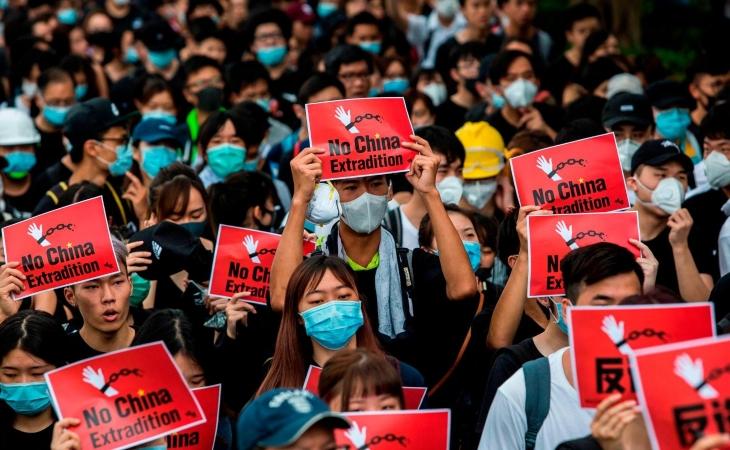Photo of Hongkoneses siguen en pie de lucha pese a violenta represión