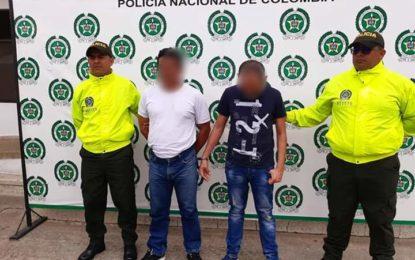 4 hombres y 1 mujer capturados por violencia intrafamiliar