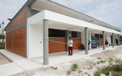 Megacolegio de Llano Lindo tiene nuevas aulas